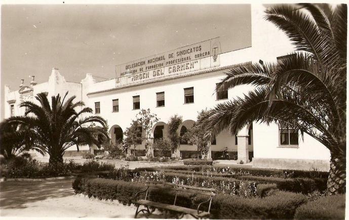 Fachada de la escuela de las canteras puerto real c diz - Las canteras puerto real ...