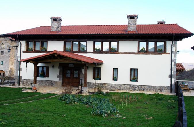 Casa reformada astitz navarra - Casas de pueblo reformadas ...