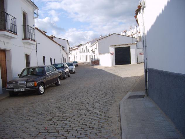 Calle virgen del prado higuera de la sierra huelva for Calle prado 9 madrid